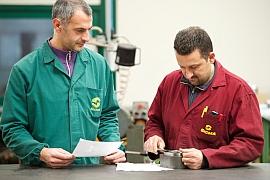 Qualitätskontrolle der Bauteile